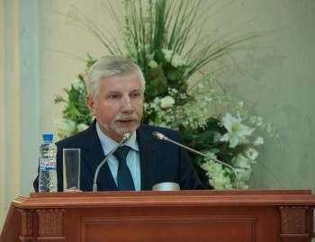 Смирнов В.Г. выступает на дне военно-морских знаний в Президентской библиотеке